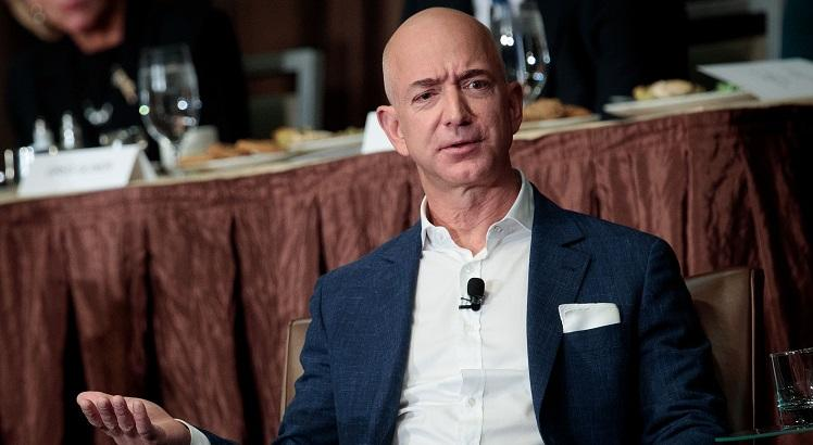 Jeff Bezos, fundador da Amazon.com. Drew Angerer/Getty Images/AFP
