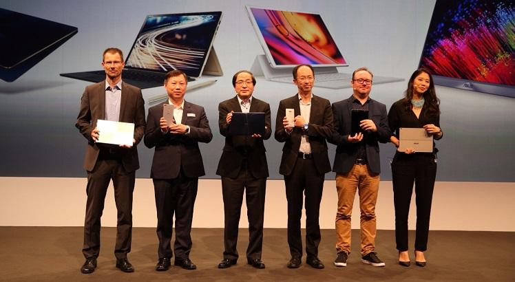 ASUS Vice President Eric Chen is joined on stage with ASUS VIPs for the Zenvolution