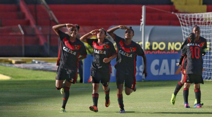 As Leoas saíram na frente. Foto: Anderson Freire/Sport Club do Recife