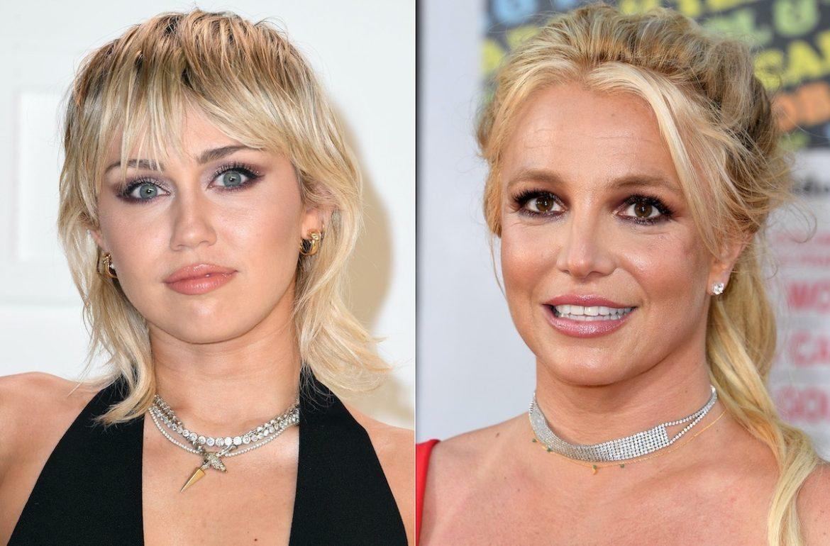 Miley Cyrus apoia Britney Spears ao cantar 'Party In The U.S.A.' em show